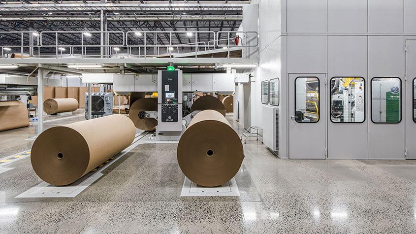 Trung Quốc miễn thuế nhập khẩu đối với giấy bao bì hòm hộp tái chế của Lào