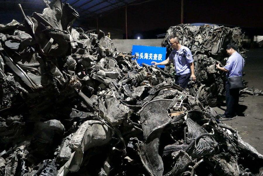 Trung Quốc cấm nhập khẩu toàn bộ rác thải rắn từ năm 2021